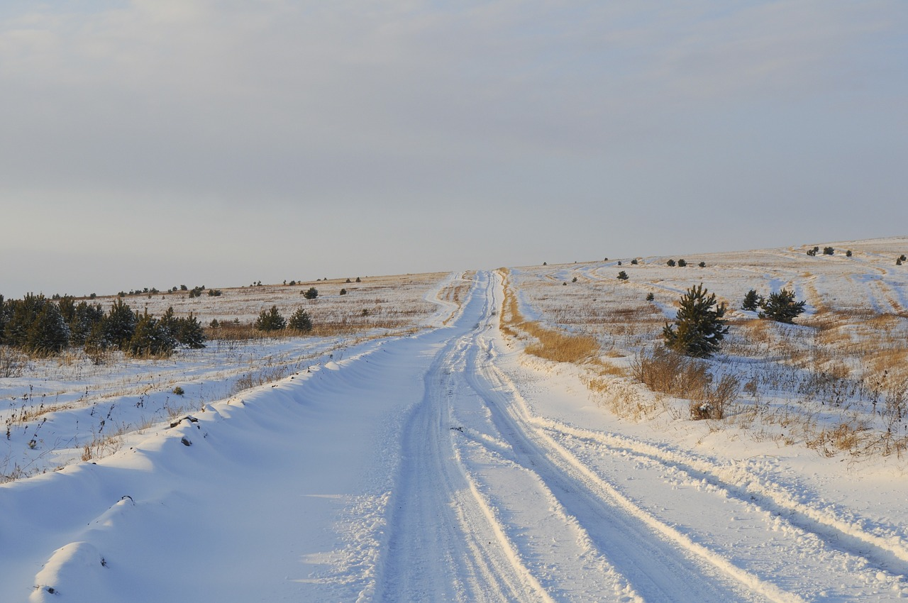 winter-rural road-ahead