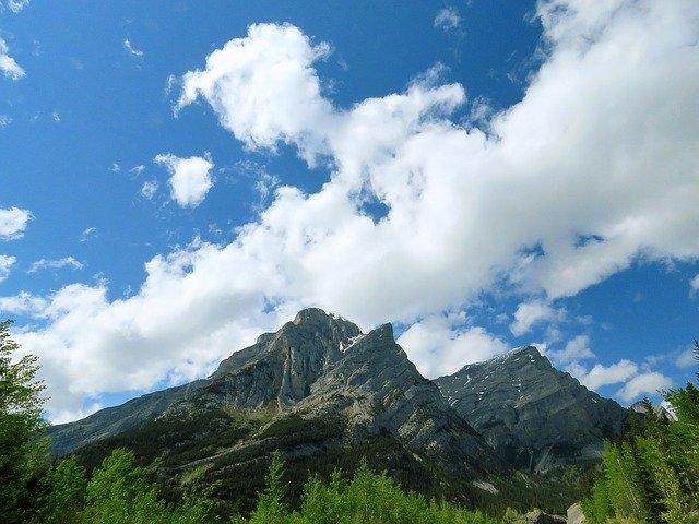 mountain-1429860_640